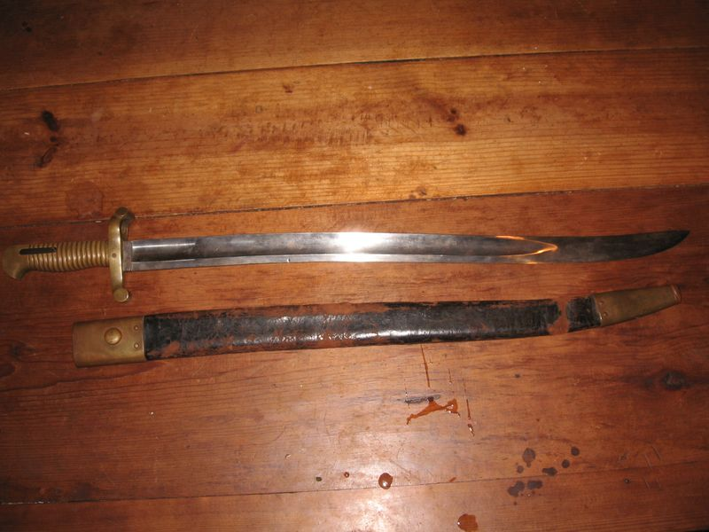 Bayonet out of sheath pics 026